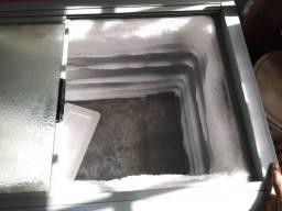 Freezer duas portas de vidro
