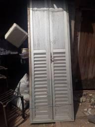 Vendo porta de alumínio
