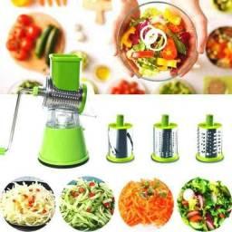 Ralador, cortador e Fatiador de Legumes.