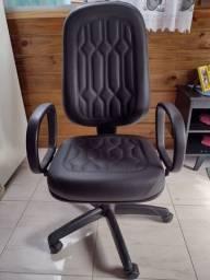 Cadeira Giratória Komanche