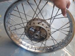 Vendo roda traseira