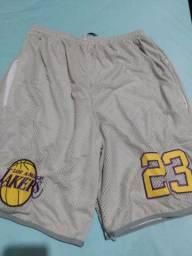 Shorts e Camisas de Basquete
