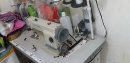 Máquina reta industrial boa toda bem conservada