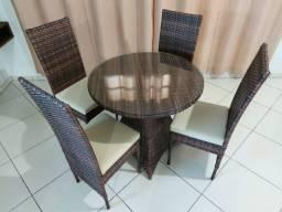 Mesa Milão com 04 Cadeiras!!!