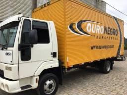 Ford cargo 815E 2010