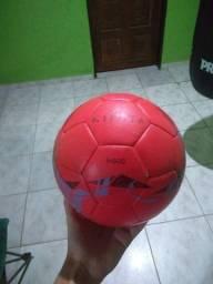 Bola kipsta f-500 futebol campo (leia a descrição)