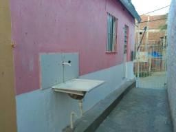 Título do anúncio: Alugo casa 2 quartos em Rio doce