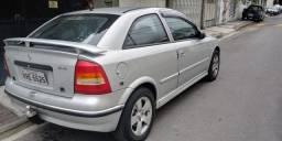 Vendo Astra Hatch ano 2000 c/ Gnv 16 m