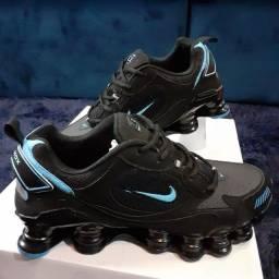 Título do anúncio: Tênis Nike 12 molas ltx lançamento apenas n:40 preço promocional