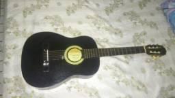 vendo violão vogga junto com algumas cordas