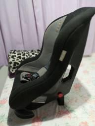 Cadeira para carro.