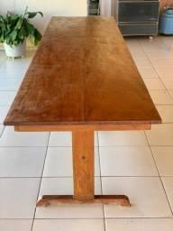 Mesa em madeira 10 lugares