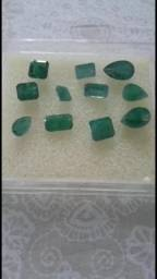 Lote de esmeraldas