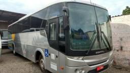 Ônibus Comil - M. Benz - Executivo com Ar Condicionado, Banheiro - 45 lugares Ano - 2008