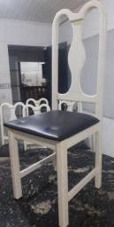 Cadeira madeira com estofado