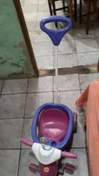 Carrinho infantil feminino