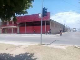 Alugo prédio comercial