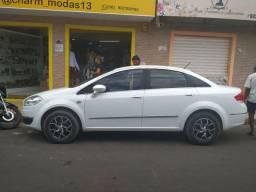 Vendo Fiat Linea carro de garagem 2015