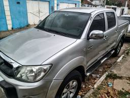 Toyota Hilux SRV 2.7 4x2 10/10 Prata