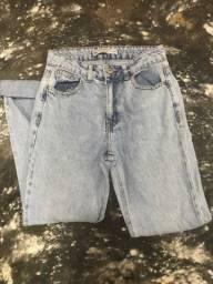 Calça jeans Mom - TAM 34