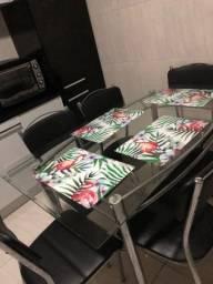 Imperdível mesa 6 cadeiras