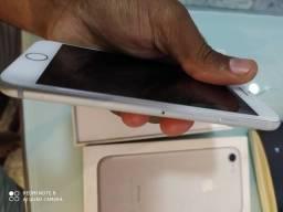 Iphone 7 pra retirada de peça ou pra quem esteja afim de arrumar