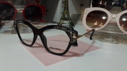 Belos óculos feminino de descanso ou para por lente de grau