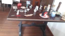 Mesa em madeira de Gramado