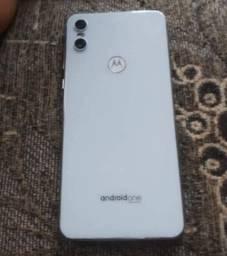 Motorola Moto One 64 - Novinho