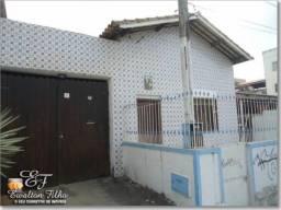 Casa Térrea 2 Quartos Sendo 1 Suíte Varanda 3 Vagas e Anexo