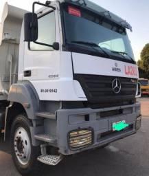 Caminhão Mercedes 4144 6x4