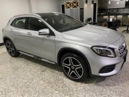 Mercedes-Benz GLA 250 Sport 2.0 2018 com apenas 15.571km rodados