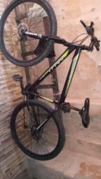 Bicicleta aro 29 , freio a disco