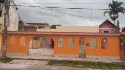 Grande Casa em mosqueiro na vila