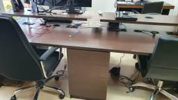 Mesa para escritórios