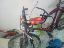 Vendo bicicletas pra adulto e criança