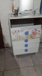 Cômoda infantil 60$