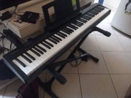 Piano ROLAND FP-10 (1 ano de uso)