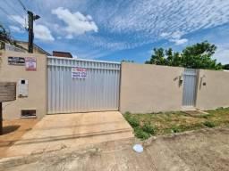 Vende-se Casa no Parque Caçari, Terreno com 600m²