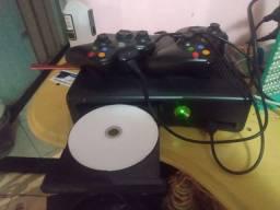 Vendo Xbox 360 pra vender rápido