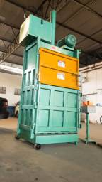 Prensa hidráulica para reciclagem