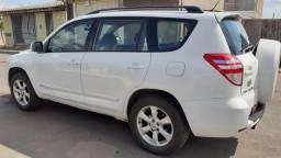 Toyota rav4 4x2 2011