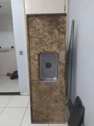 Bancada de granito + Cuba (Cozinha)