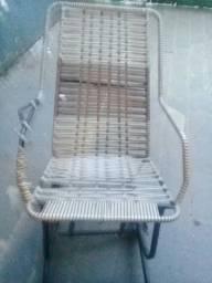 Desapegando desta cadeira pra quem