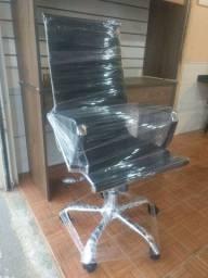 Cadeira Presidente com entrega Nova montada