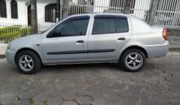 Clio Sedan 2002 - 1.0