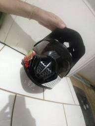 Vendo capacete GDR 200.00