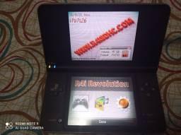 Nintendo DSi XL +R4