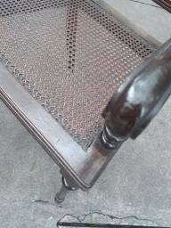 Cadeira Poltrona Antiga com palhinha