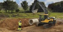 Escavadeira Volvo EC140